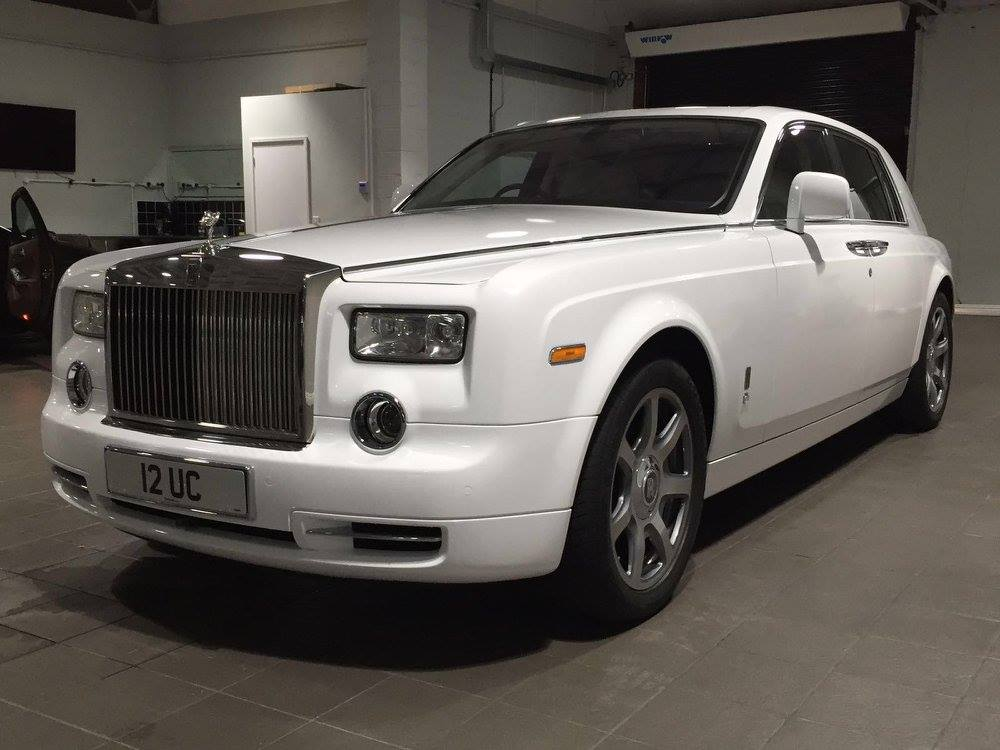Rolls Royce Phantom Car with Driver for Special Occasions